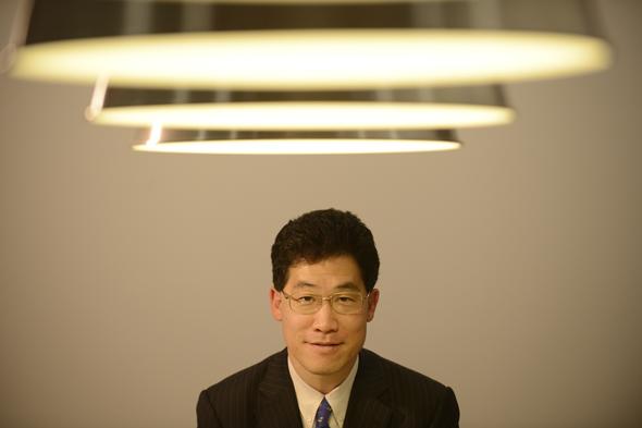 http://www.iromegane.com/japan/culture/think-about-japan-with-william-hiroyuki-saito/