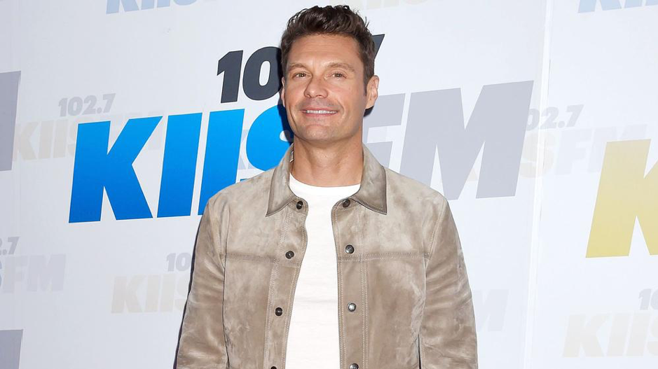 Ryan Seacrest Helps Staffer Apologize to his Girlfriend, Talks About Friendship, Diet and Fitness Regime