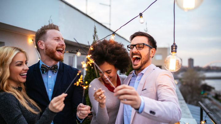 4 Tips for Throwing An Unforgettable Corporate Event